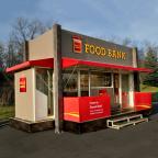 "Wells Fargo's Mobile ""Pop-Up"" Food Banks will visit 17 cities in the U.S. Nov. 28-Dec. 30. For a full schedule visit www.wellsfargo.com/foodbank (Photo: Business Wire)"