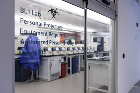 Foundation Medicine's next-generation sequencing laboratory (Photo: Business Wire)