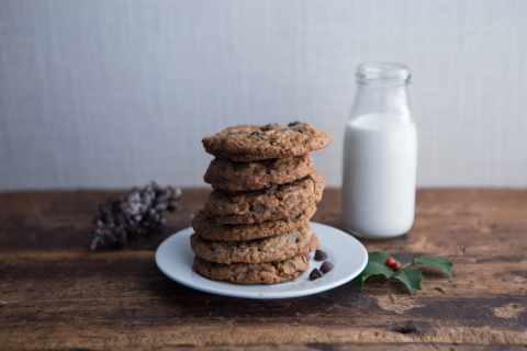 From December 13 through December 24, all U.S. DoubleTree by Hilton locations will offer complimentary warm DoubleTree Cookies to guests and non-guests. Credit: DoubleTree by Hilton.