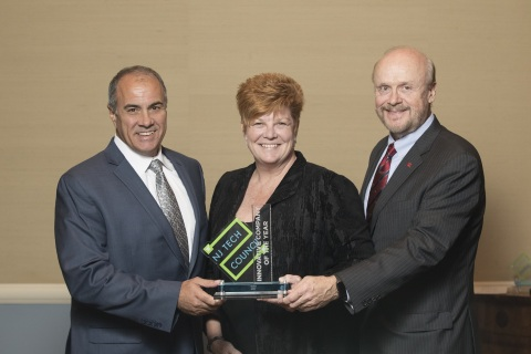 Meg Columbia-Walsh, CEO, Wylei, the 2017 New Jersey Tech Council Innovative Tech Company of the Year Winner pictured with award sponsors Ron Gaboury, CEO, Yorktel, and Chris Molloy, Ph.D., R.Ph., Senior Vice President, Office of Research and Economic Development, Rutgers University (Photo: Business Wire)