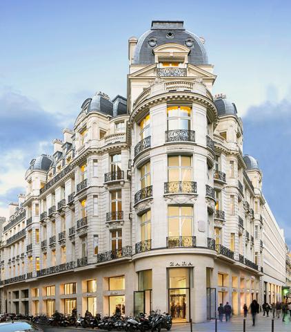 92 Champs-Elysées - Photo: Paul Maurer