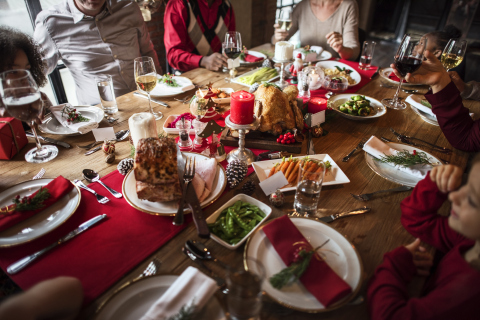 Aramark and the American Heart Association have teamed up to dish out recipes, tips and tricks from their experts, to help families create a healthy holiday celebration. (Photo: Business Wire)
