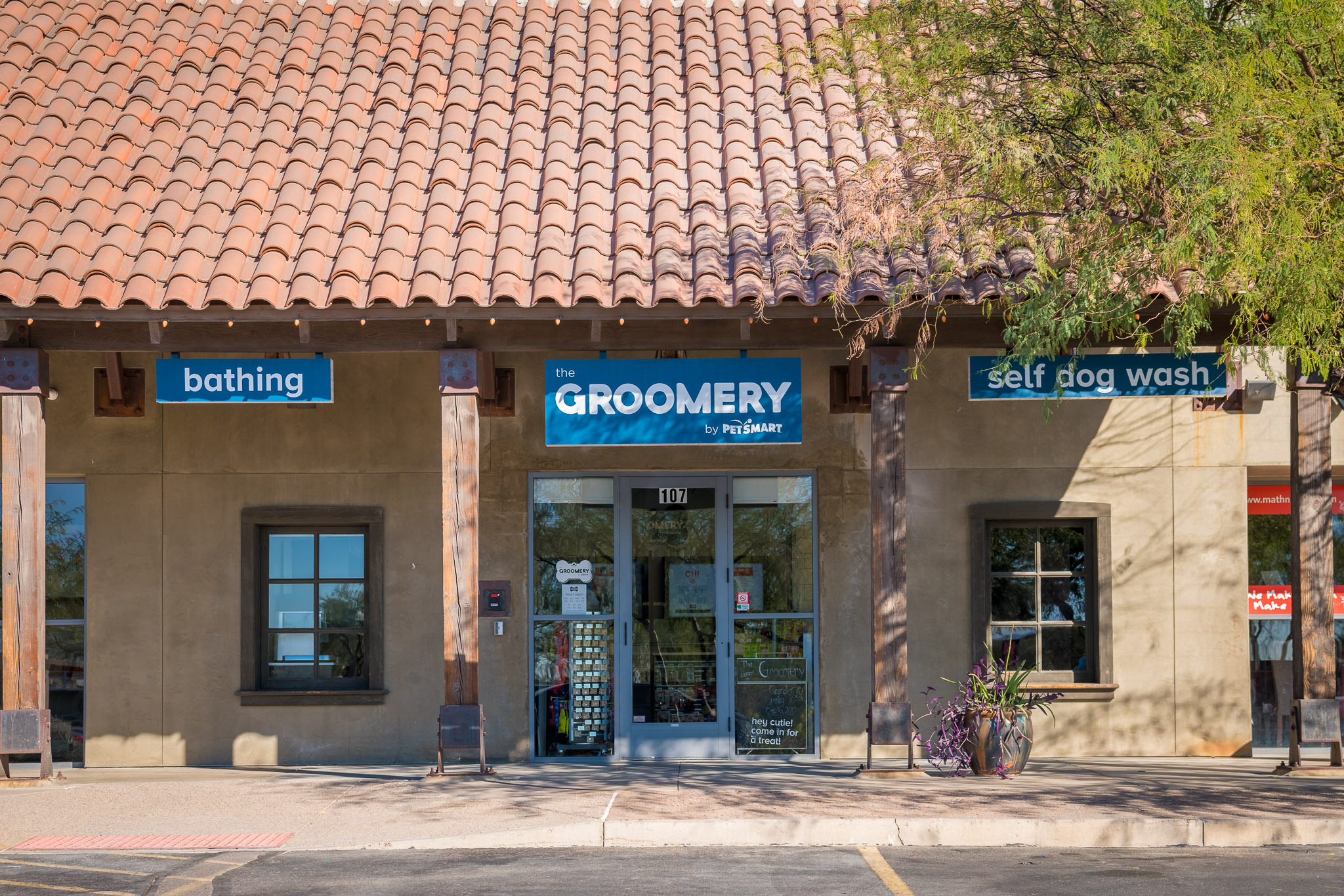 Petsmart continues to expand its new grooming store concept by petsmart is introducing the groomery as pet care spending continues to solutioingenieria Gallery