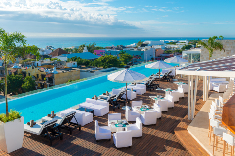 The Fives Downtown Hotel & Residences, Curio Collection by Hilton offers an urban oasis with easy access to both downtown Playa Del Carmen and the Caribbean Sea (Photo: Business Wire)