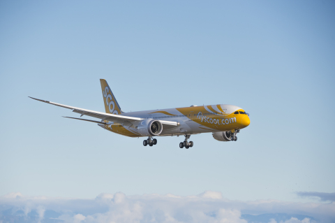 Scoot 787 In-air (Photo: Business Wire)