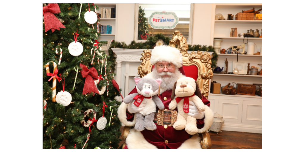 Petsmart Christmas Eve Hours.Petsmart And Its Philanthropic Minded Shoppers Are Brightening The