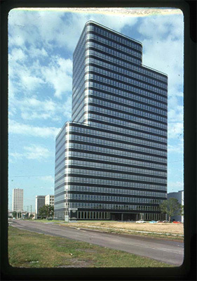 World Famous Architects Solarban Glass Highlight Houston S Modern