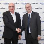 Partenariat Faurecia Accenture dans la voiture connectée. dans - Véhicules autonomes connectés. DOM_6319