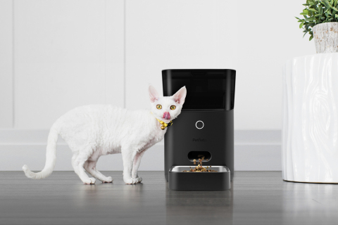 Petnet's new SmartFeeder 2.0 features a sleeker design, compatibility with Amazon Alexa and Google Assistant, improved portion control and more. (Photo: Business Wire)