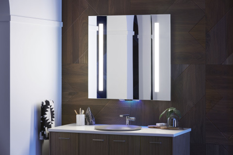 KOHLER Konnect-Verdera Voice Lighted Mirror (Photo: Business Wire)