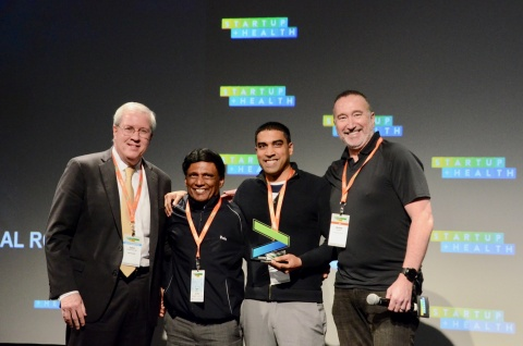 Pictured are Nanowear executives accepting the designation of Innovator at the 2018 Accenture HealthTech Innovation Challenge (Photo: Business Wire)