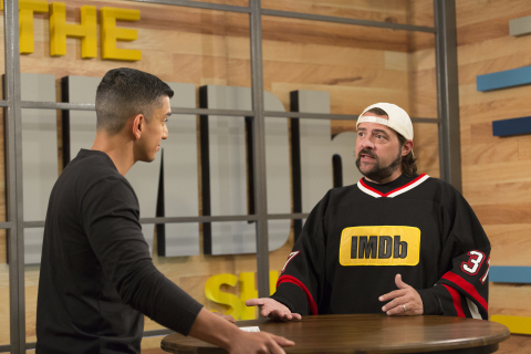 Tim Kash interviews The IMDb Show Executive Producer Kevin Smith (Credit: Getty Images for IMDb)