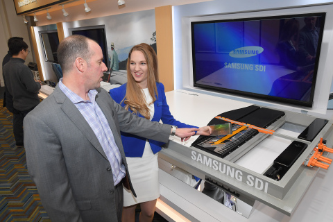 Samsung SDI exhibited a brand new fast-charging, high-capacity battery material as well as cutting-edge battery products for electric vehicles at 2018 Detroit Motor Show. (Photo: Business Wire)