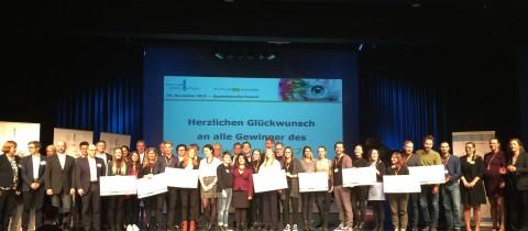Business Wire assegna il Future Award nella categoria dei Media a studenti universitari