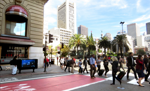 Clear Channel Outdoor debuts new digital screens in densely populated areas of metro San Francisco. (Photo: Business Wire)
