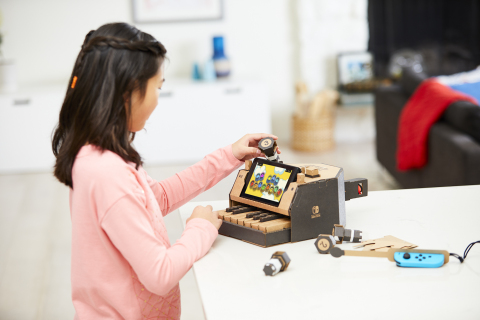 Make, Play, and Discover with Nintendo Labo! Simply have fun making DIY cardboard creations called Toy-Con, bring them to life with the technology of the Nintendo Switch system to play games, and discover the magic behind how Toy-Con works. The Toy-Con Piano (pictured) is included as part of the Nintendo Labo Variety Kit. Nintendo Switch system required (sold separately). (Photo: Business Wire)