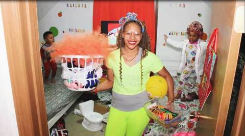 A Public Storage employee from Columbus, Ohio, organized her cluttered kids' room and shared tips for other families to do the same! She's one of three employee finalists in the Public Storage Organization Transformation Video Contest. Winners will be chosen February 1. (Photo: Business Wire)