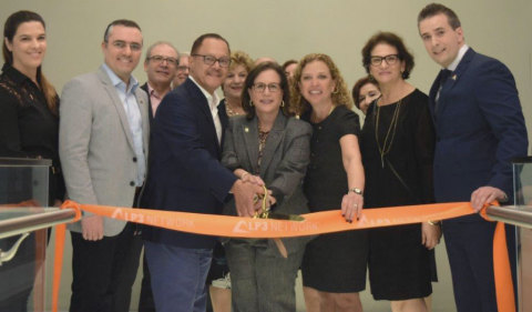 Enid Weisman, City of Aventura Mayor; Debbie Wasserman Shultz, Congresswoman; Tony Dos Santos, President of Medisca Pharmaceuticals; and Maurizio De Stefano, LP3 Network General Manager cutting the iconic ribbon during the Grand Opening Event for LP3 Network's state-of-the-art Learning Center. (Photo: Business Wire)