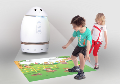 Danovo, a social robot makes learning fun for kids (Photo: Business Wire)