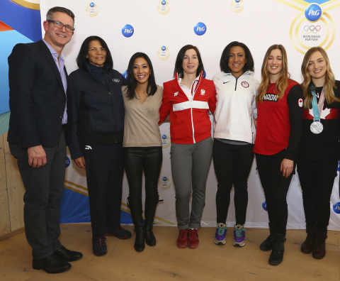 Olympic athletes join P&G Global Design Officer Phil Duncan and Vice President of the IOC Executive Board Anita DeFrantz for an important discussion about not letting gender become an obstacle to achieving their dreams at the P&G Family Home during the Olympic Winter Games PyeongChang 2018. (Photo: Business Wire)