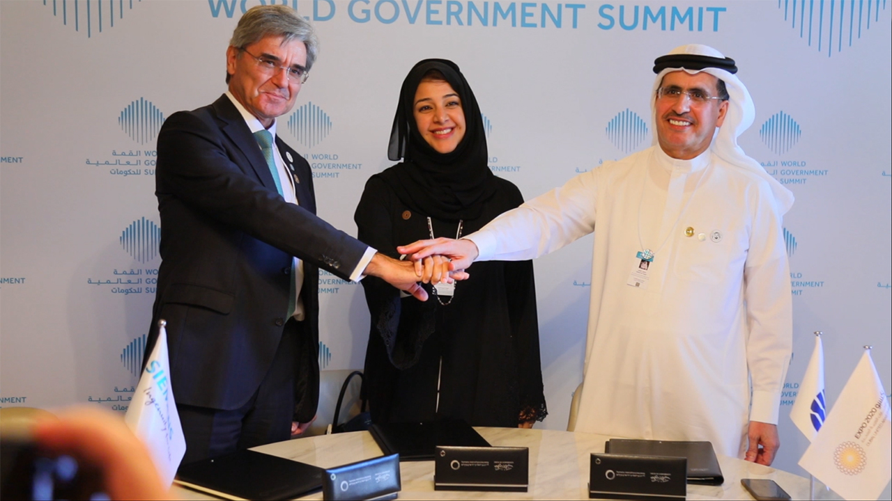 DEWA signs MoU with Expo 2020 Dubai and Siemens to kick off region's first solar-driven hydrogen electrolysis facility (Video: AETOSWire)