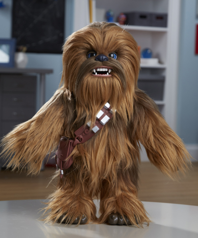 STAR WARS ULTIMATE CO-PILOT CHEWIE (HASBRO/ Ages 4 years & up/Approx. Retail Price: $129.99/Available: Fall 2018) (Photo: Business Wire)