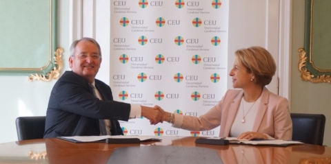 Rosa Visiedo Claverol, Chancellor of CEU Cardenal Herrera University, and Vincent Chaillou, COO of Edition Operations at ESI Group, launch a 5-year joint research program. (Photo: ESI Group)