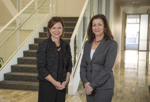 Therese Pritchard and Lisa Mayhew (Photo: Business Wire)