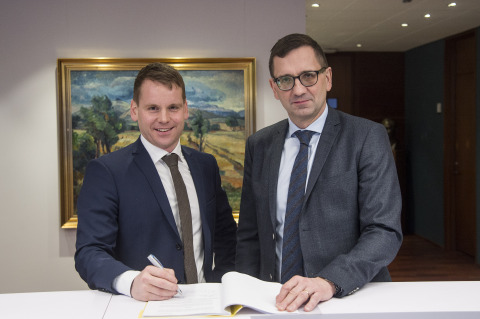 Landsvirkjun provides power to secure the continued growth of Advania Data Centers (Photo: Business ...
