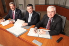 Shown signing the Mutual Recognition Agreement are (left to right): NASBA President and CEO Ken L. Bishop, ICAS CEO Anton Colella and AICPA President and CEO Barry C. Melancon, CPA, CGMA. (Photo: Business Wire)