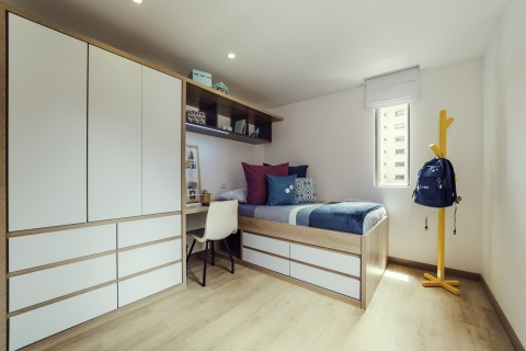 Livinn Calle 18 Private Room (Bogotá): Bedrooms at CA Ventures' Livinn Calle 18 in Bogotá, Colombia are fully-furnished and include ample storage. Livinn Calle 18 opened in 2017. (Photo: Business Wire)