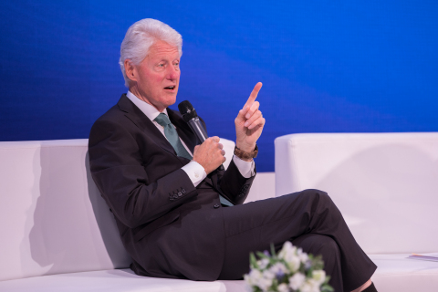 President Bill Clinton sat down for a question and answer session with Joe Kiani on Day Two of the 6th Annual World Patient Safety, Science & Technology Summit, Co-Convened by European Society of Anaesthesiology. (Photo: Business Wire)