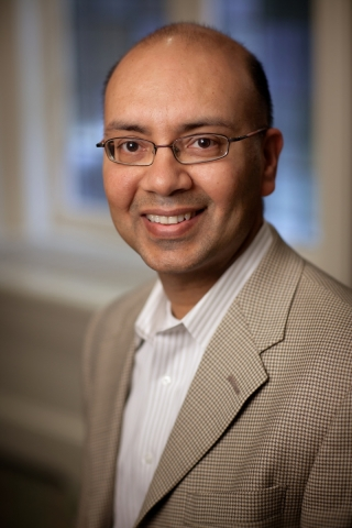 Former Amazon Executive and Datasphere CEO Satbir Khanuja (Photo: Business Wire)
