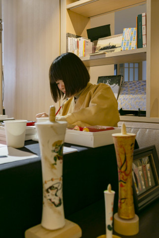 Japanese candle painting workshop (Photo: Business Wire)