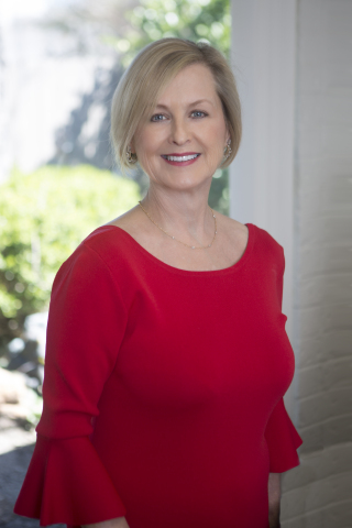 Dr. Lisa Garner (Photo: Business Wire)