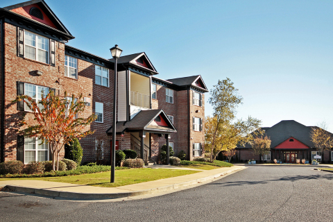 The Social at Auburn, an 844-bed student housing community serving Auburn University in Alabama (Photo: Business Wire)