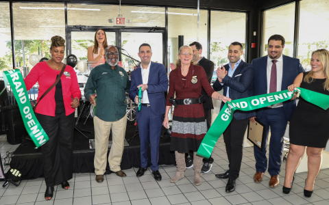 Ribbon cutting officially opens the HGreg.com Broward dealership with Mayor of West Park Eric H. Jones, HGreg.com Co-President John Hairabedian and honored guests on March 15, 2018, in West Park, Fla. (James McEntee/AP Images for HGreg.com)