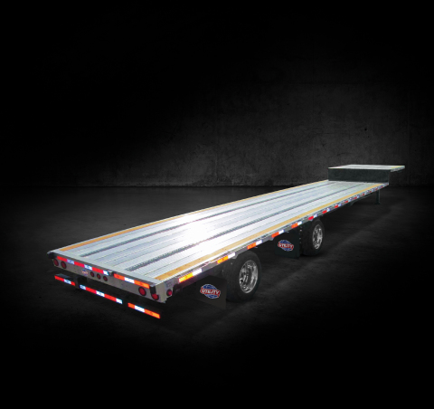The 4000AE™ Drop Deck flatbed trailer by Utility Trailer Manufacturing (Photo: Business Wire)