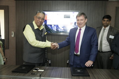 Dr Calum Macpherson, Vice Provost for International Program Development at St George's University, shakes hands with Dr M R Jayaram, Chairman, Ramaiah Group of Institutions (Photo: Business Wire)