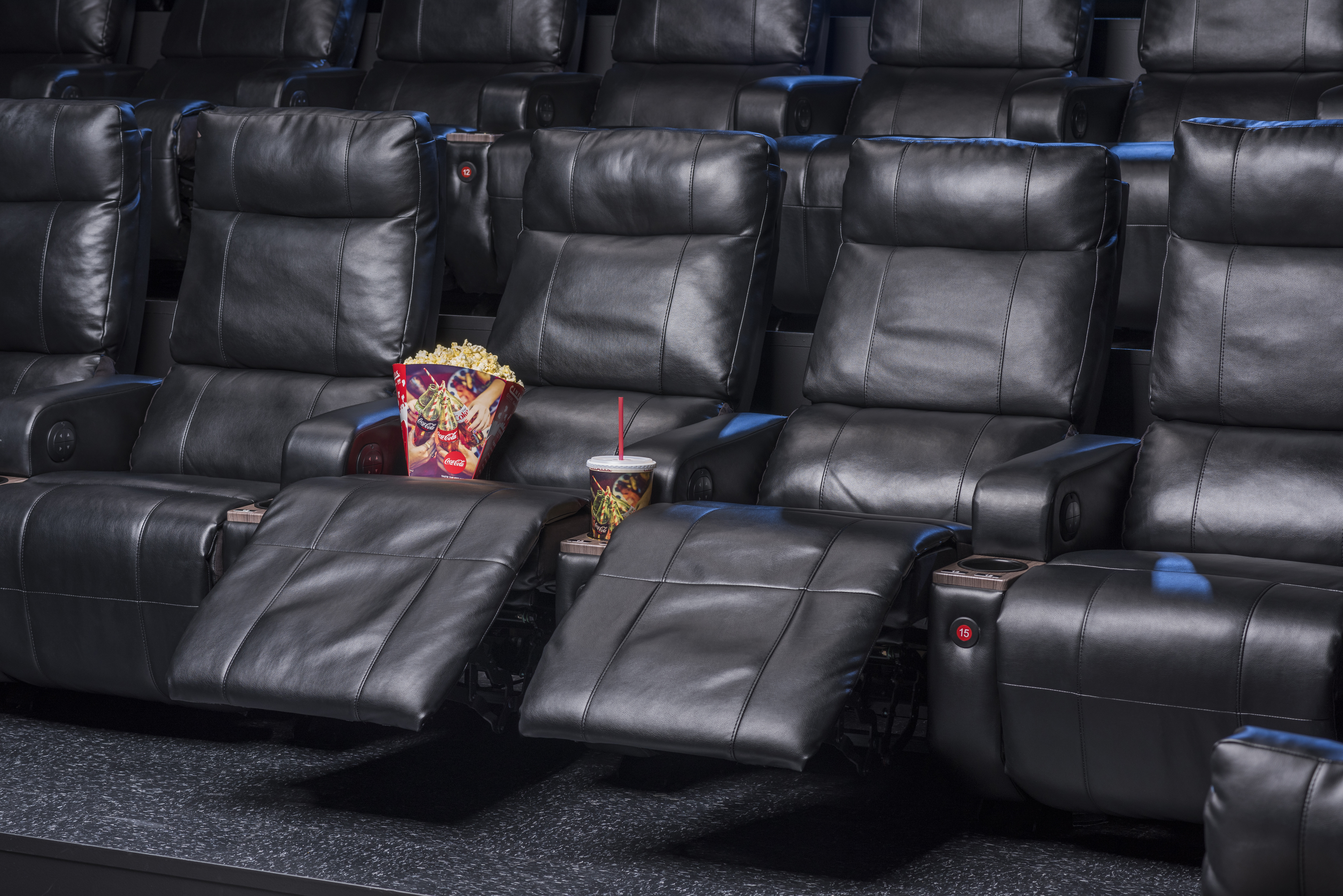 Cinemark Announces Remodel Of 12 Screen Theatre In Lufkin Texas With Luxury Lounger Recliners