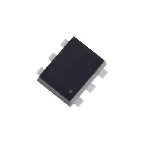 東芝:LEDヘッドライト駆動用などに適した、1パッケージに2回路搭載でESD耐量に優れたMOSFET「SSM6N813R」(写真:ビジネスワイヤ)