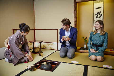 Enjoy Japanese tea ceremony experience at a traditional tea room at Keio Plaza Hotel (Photo: Business Wire)