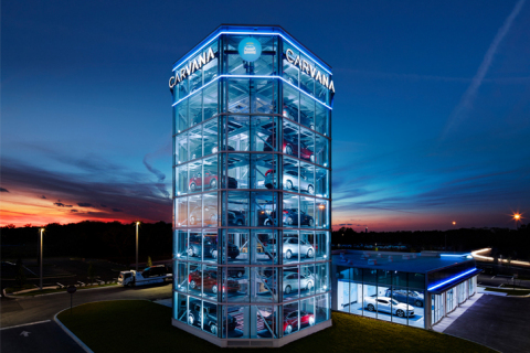Carvana unveils its newest fully automated, coin-operated Car Vending Machine in Tampa, Florida, the company's eighth Car Vending Machine in the U.S. (Photo: Business Wire)