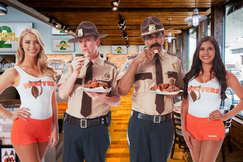 The Super Troopers 2 cast will be on the lookout for fan reactions using #HootersSnozzberry. (Photo: Business Wire)
