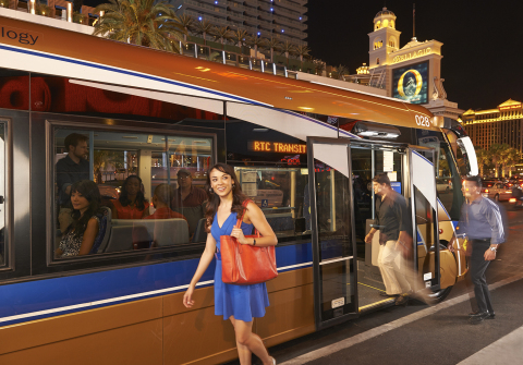 Passengers boarding bus on the Strip. (Photo: Regional Transportation Commission of Southern Nevada)