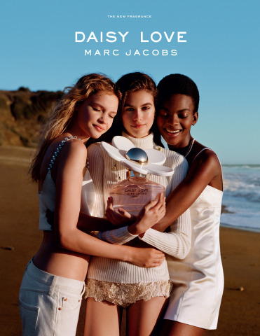 Addictive and irresistible, introducing Daisy Love, the new fragrance from Marc Jacobs Fragrances featuring Kaia Gerber, Aube Jolicoeur and Faith Lynch. (Image Credit: © 2018 Alasdair McLellan)