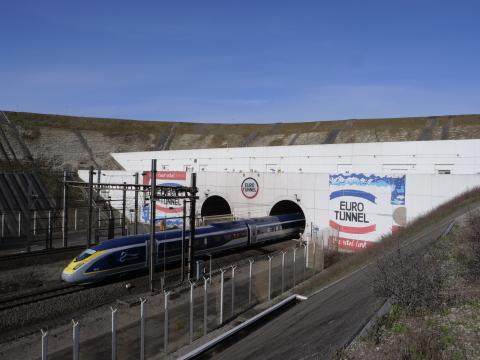 Eurostar sortant du Tunnel sous la Manche - Crédit Getlink