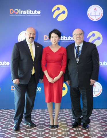 Turkcell, DQ Institute and Turkish Ministry of Education announced that they are joining forces to improve children's digital literacy in Turkey. (Photo: Business Wire)