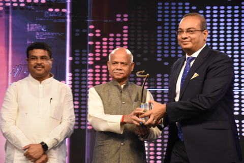 Keshav Murugesh, Group CEO, WNS, receiving the CNBC Asia's India Disruptor of the Year Award. (Photo ...