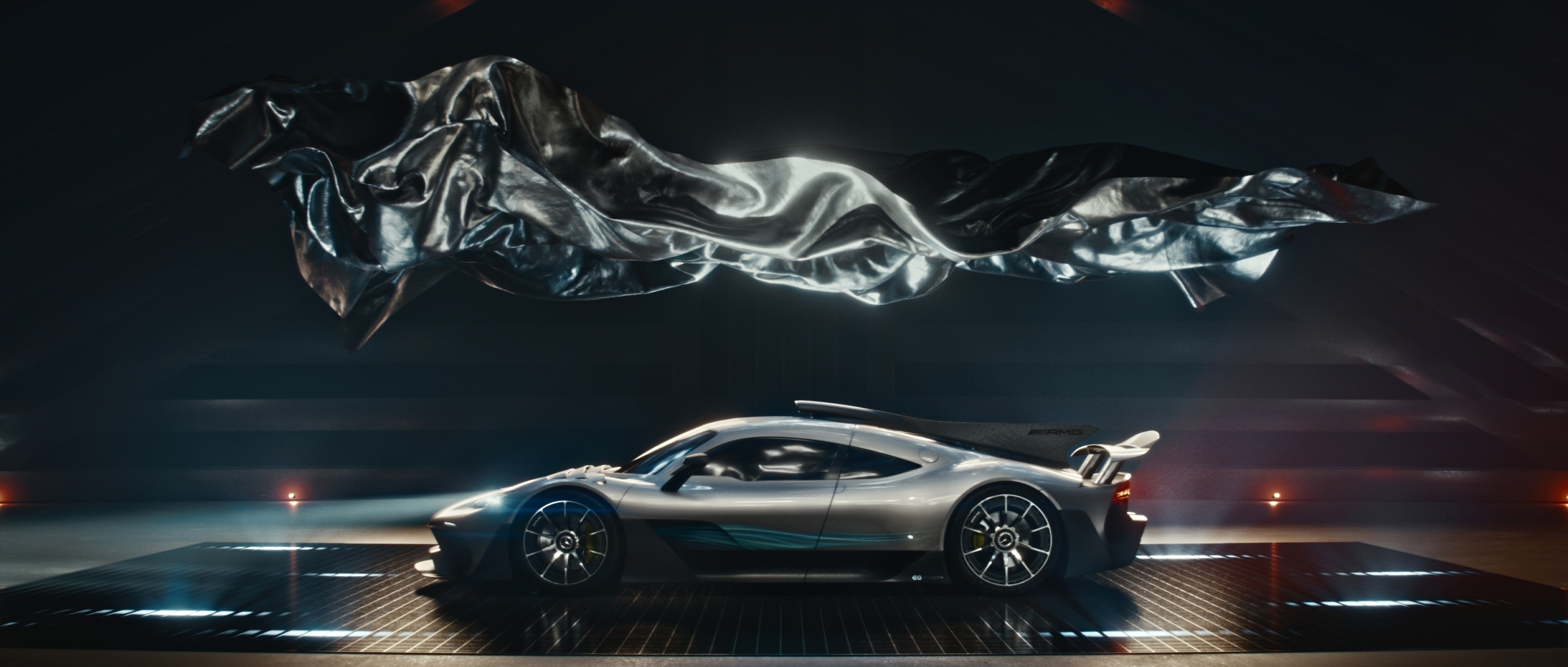 Mercedes benz usa debuts new brand campaign what makes us mercedes benz usa debuts new brand campaign what makes us showcasing championship style innovations business wire altavistaventures Gallery
